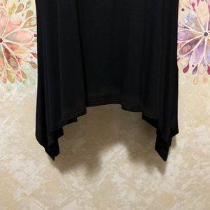 mélange posh Tops - Black Shark Bite Long Sleeve Tunic Top